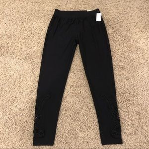 Maurice Ultra Soft Leggings - Size Small